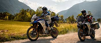 Motorcycle tours on paved and dirt roads: areas