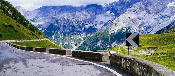 Motorcycle adventures: Stelvio pass, Strada della Forra road, and Lake Garda Tour 3