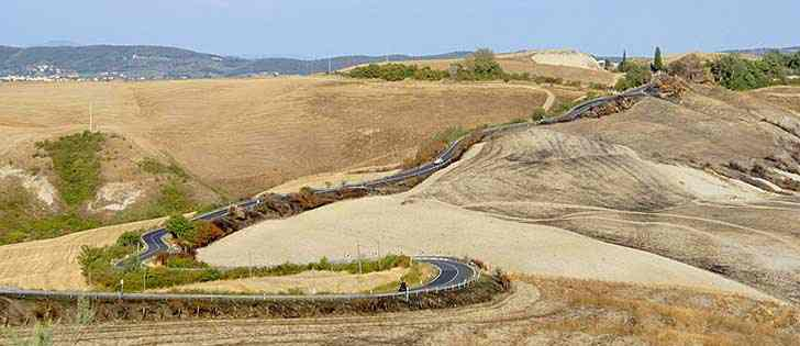 Motorcycle adventures: A motorcycle ride in the singular Crete of Siena, Tuscany 3