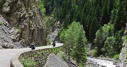 A scenic motorcycle ride in the heart of Los Picos of Europe