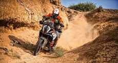 Morocco, an exciting motorcycle trip riding on dirt roads